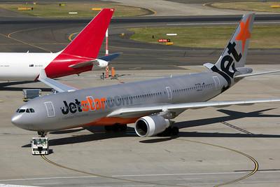 VH-EBQ JETSTAR A330-200