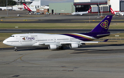 HS-TGL THAI B747-400
