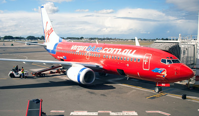 VH-VBU VIRGIN BLUE B737-700