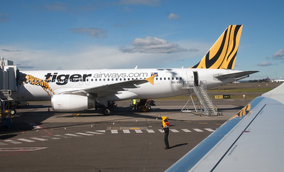 VH-VNC TIGER AIRWAYS A320 FROM VH-ZPC VIRGIN BLUE EMB-190
