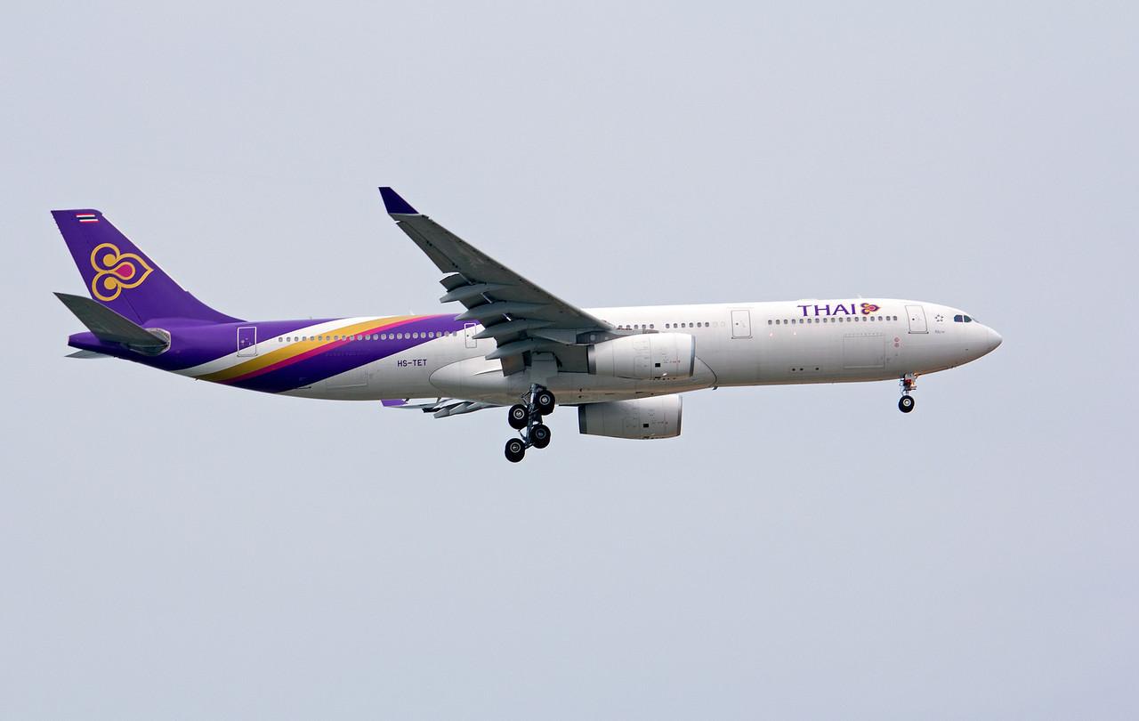 HS-TET THAI A330-300