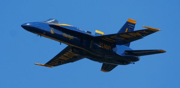 THE BLUE ANGEL AIR SHOW NANTUCKET 2006