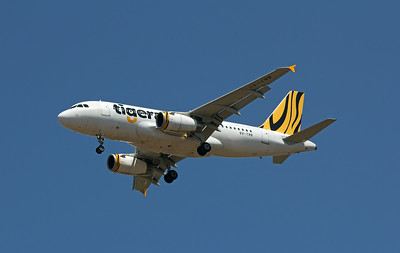 9V-TRB TIGERAIR A319 (going into storage in Alice Springs)