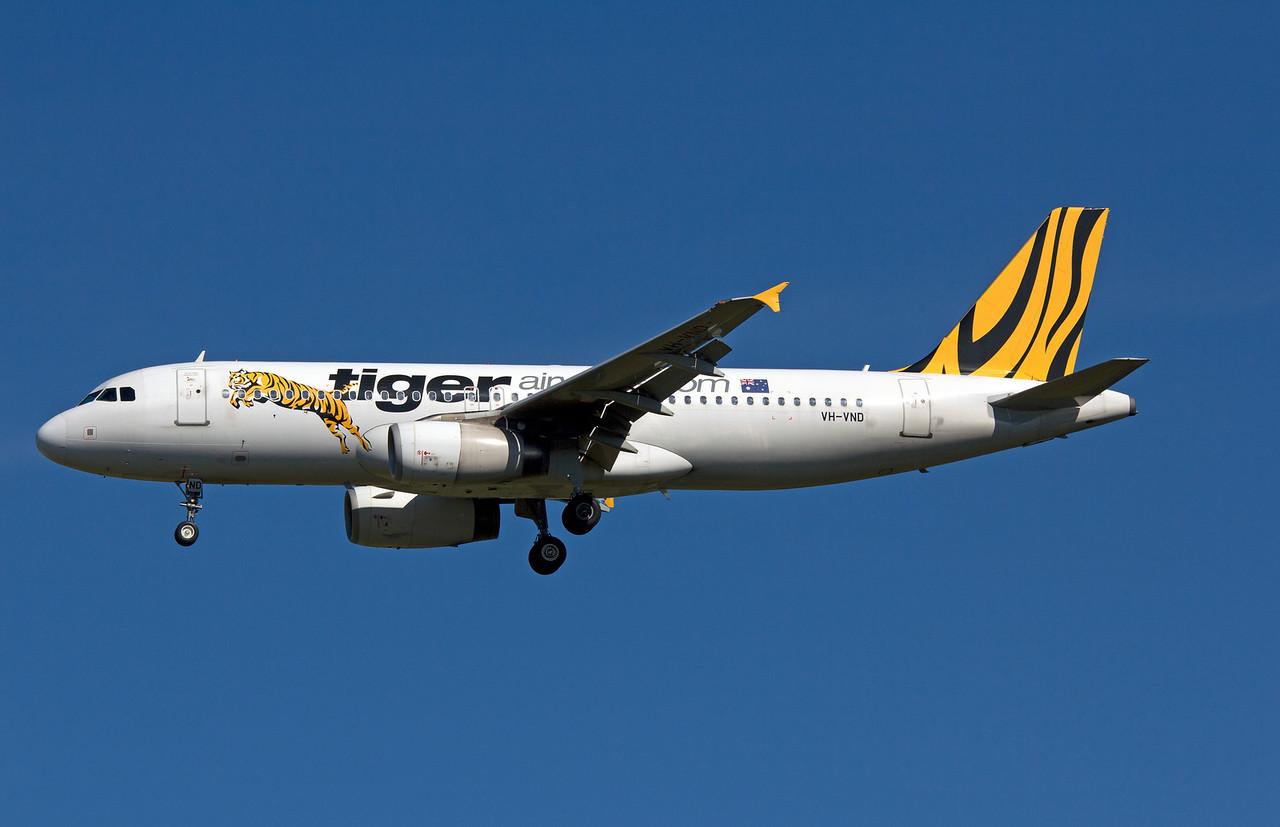 VH-VND TIGER AIRWAYS A320