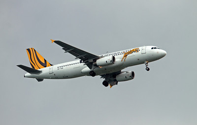 9V-TAQ TIGER AIRWAYS A320