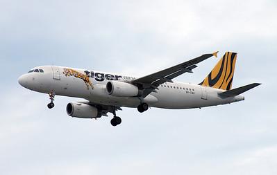 9V-TAU TIGER AIRWAYS A320