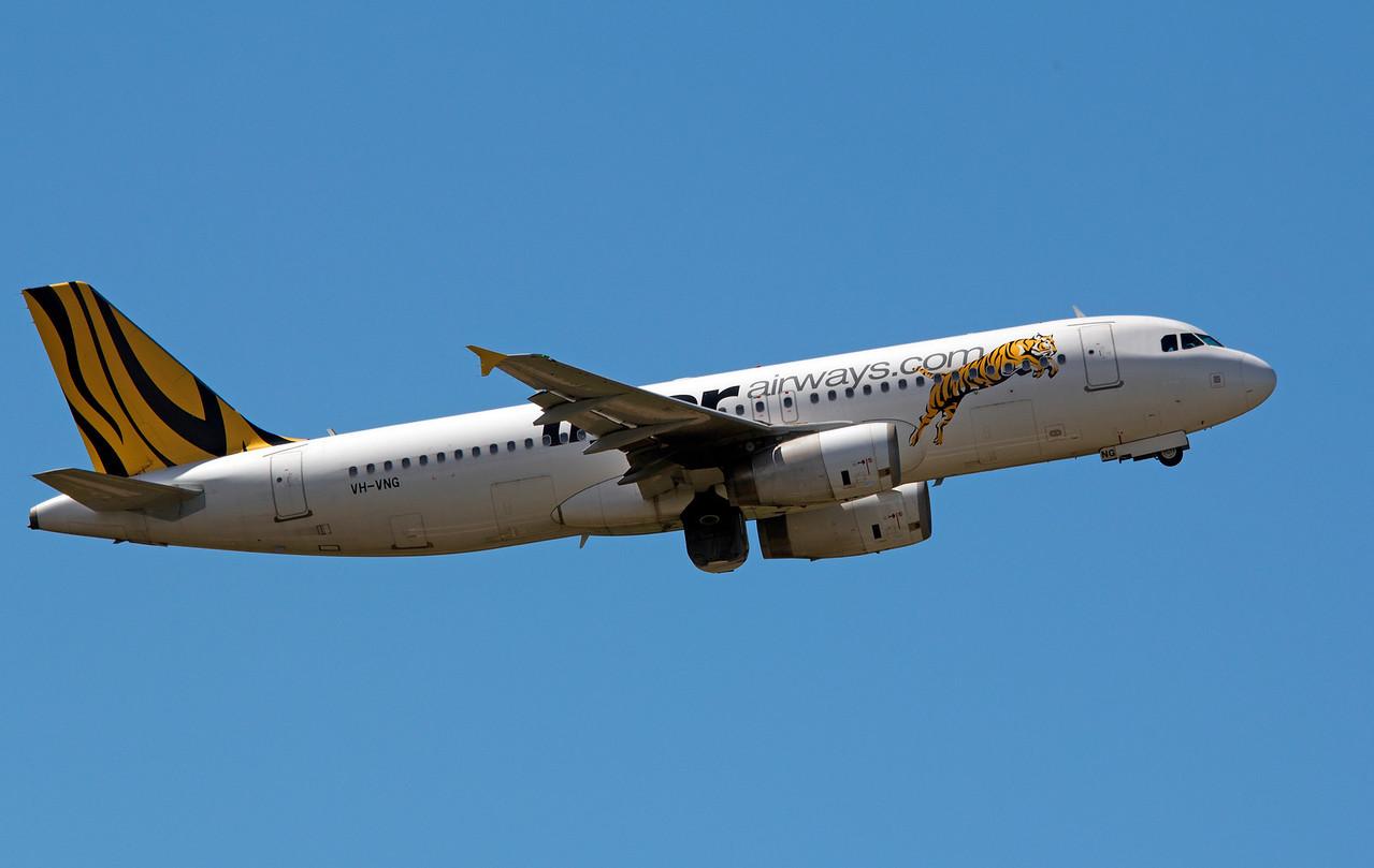 VH-VNG TIGER A320