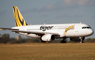 VH-VNP TIGER AIRWAYS A320