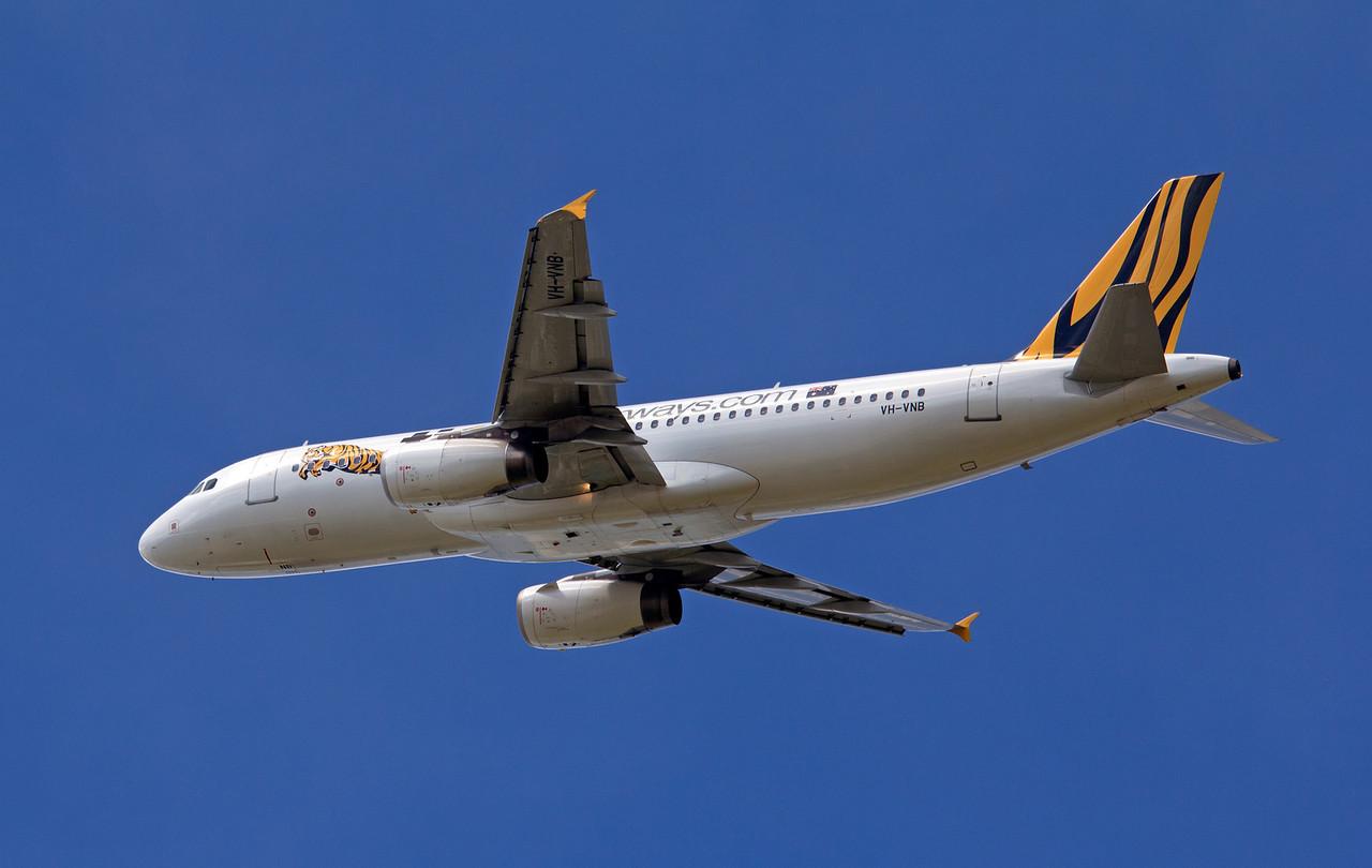 VH-VNB TIGER A320