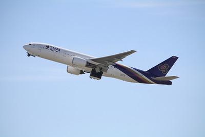 Thai Airways International Boeing 777-200ER HS-TJW