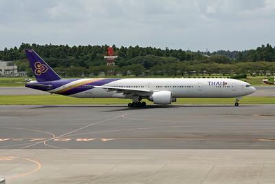 Thai Airways Boeing 777-300 HS-TKJ