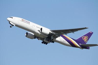 THAI AIRWAYS HS-TJS B777-200