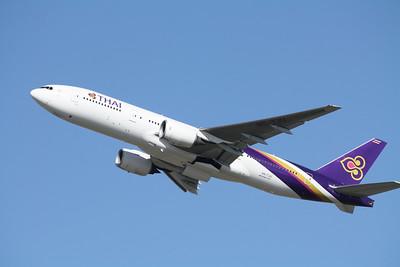 Thai Airways International Boeing 777-200 HS-TJU