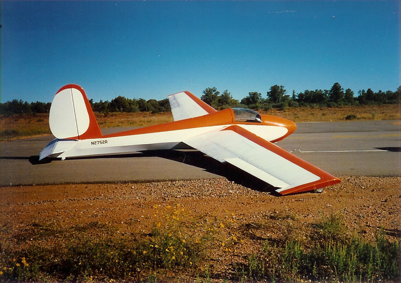 1963 Schweitzer SGS 1-26B, S/N 221 / N2752R.  Bill Prescott Jr. bought this sailplane in 1986 from Frank McMaster - Wichita, KS.  This photo was taken right after it was recovered by Pete Miller in Payson, AZ.