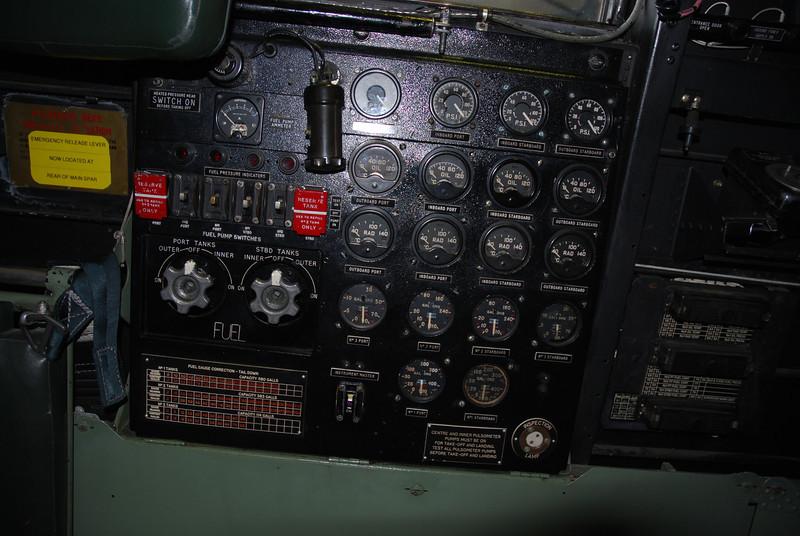 engine pannel RH site