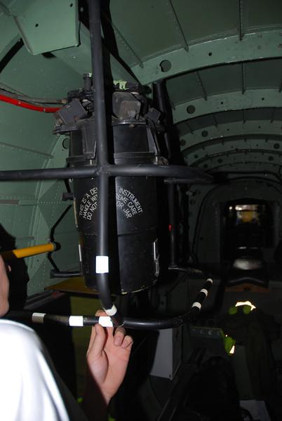 Gun turret gyro