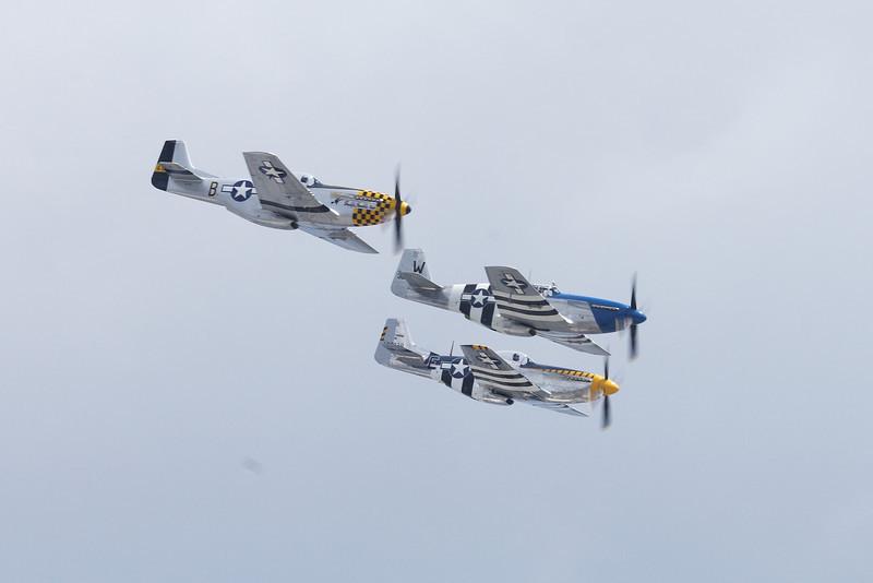 P-51 x3