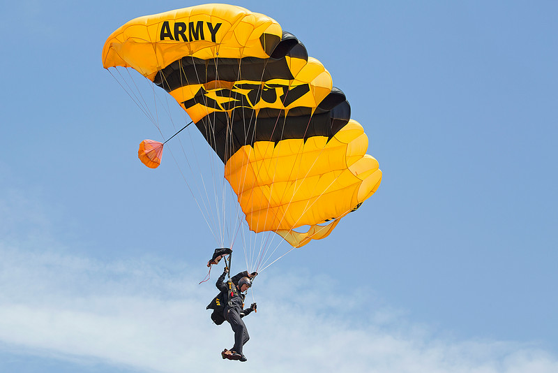 US Army Black Daggers Parachute Team at Thunder in the Valley II