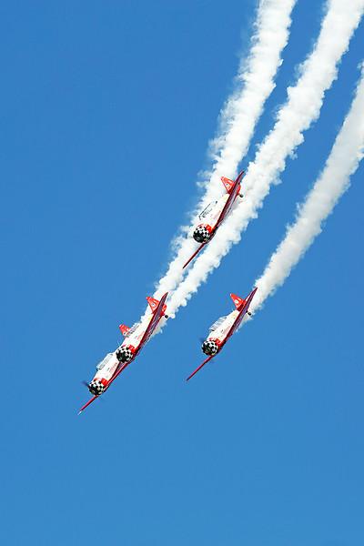 AeroShell Aerobatic Team at Thunder in the Valley II