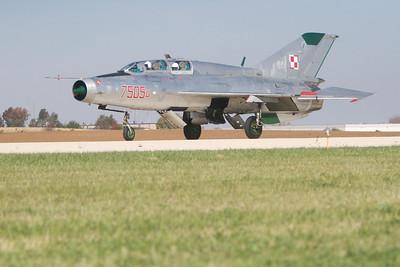 MiG-21_10-8_3448