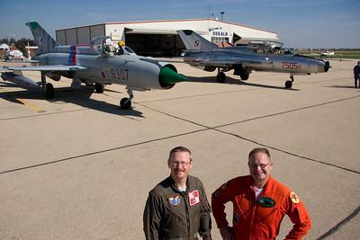 MiG-21_10-8_3279