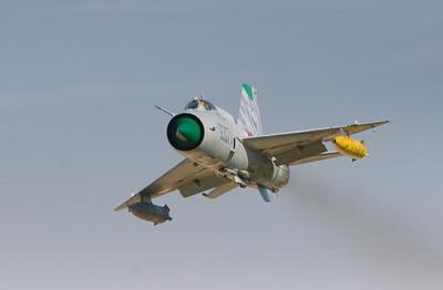 MiG-21_10-8_3390