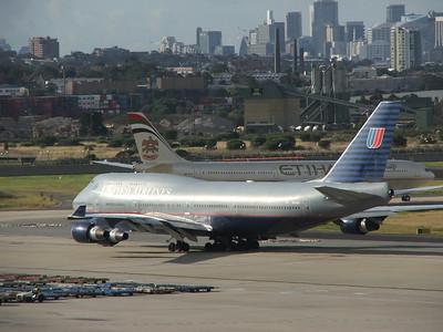 N104UA  UNITED AIRLINES B747-400