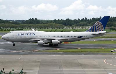N105UA UNITED B747-400