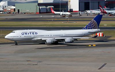 N180UA UNITED B747-400