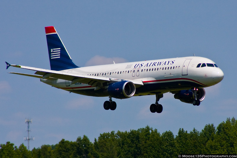 US Airways - N104UW
