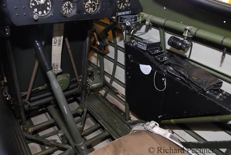 Rear cockpit controls