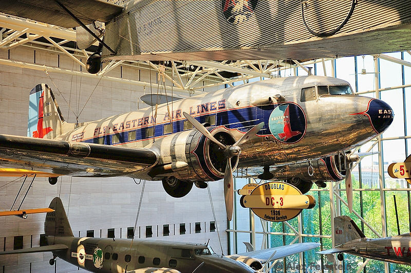 DC-3<br /> This one is at The Mall , not in Udvar Hazy