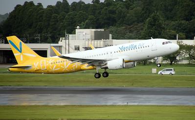 JA08VA VANILLA AIR A320