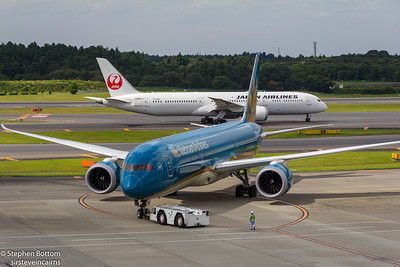 JA867J JAPAN AIRLINES B787-9 VN-A 866 B787-9