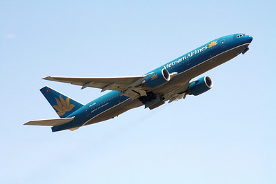 VN-A145 VIETNAM AIRLINES 777-200