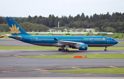 VN-A378 VIETNAM AIRLINES A330-200