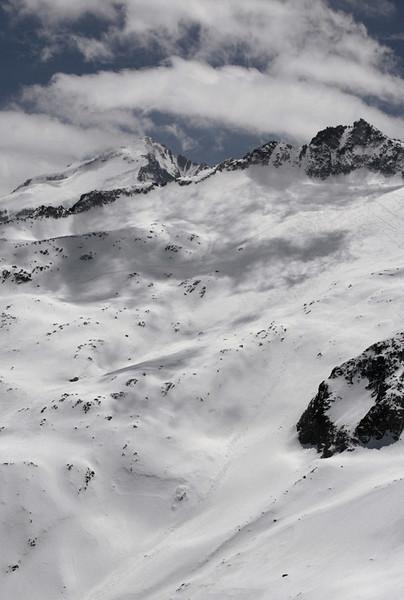 El pirineo con mucha nieve (1)