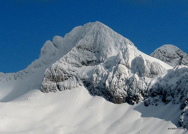 Los picos moldeados por los caprichos del viento.