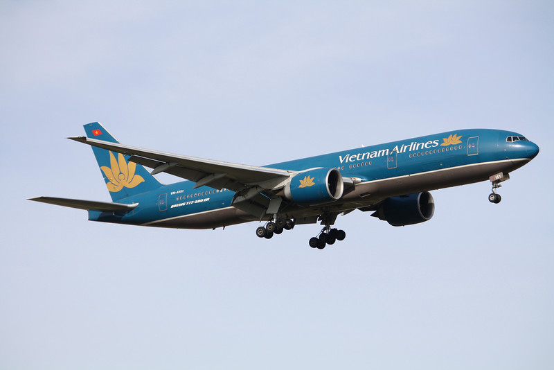 Vietnam Airlines Boeing 777-26KER VN-A151