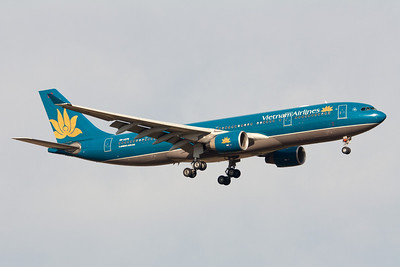 Vietnam Airlines Airbus A330-200 VN-A376