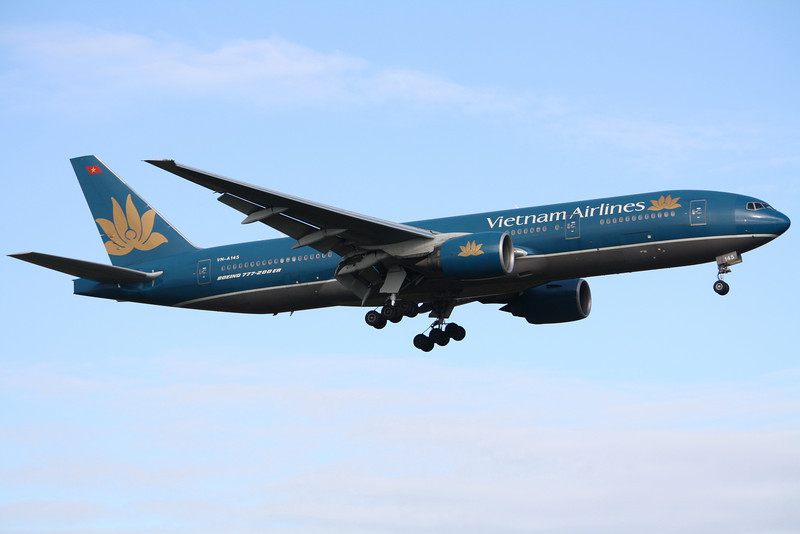 Vietnam Airlines Boeing 777-26KER VN-A145