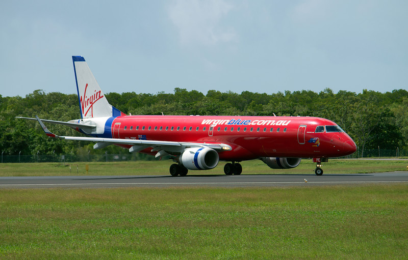 VH-ZPE VIRGIN BLUE ERJ-190