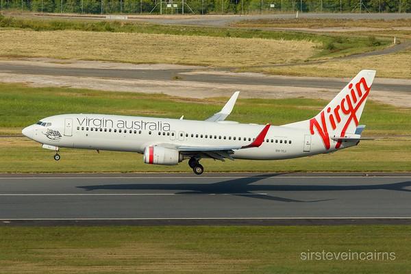 VH-YIJ VIRGIN B737-800