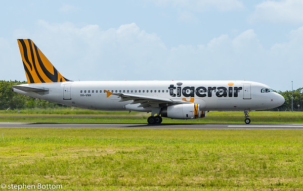 VH-VNH TIGERAIR A320