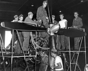 P-47D engine crew 001 KK B copy A