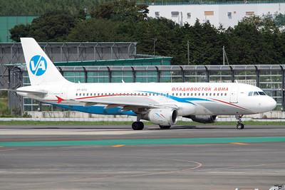 Vladivostok Avia Airbus A320-200 VP-BEQ