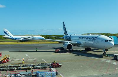 ZK-OKG AIR NEW ZEALAND B777-200 VOLGA-DNEPR AN-124-100