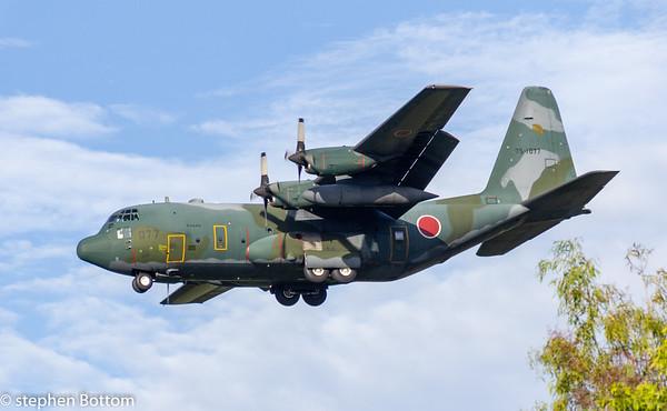 75-1077 JAPAN AIRFORCE C-130H