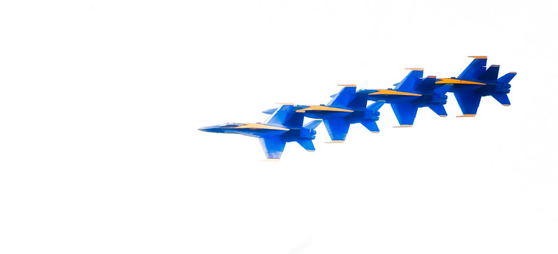~Tight~<br /> Blue Angels