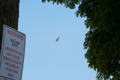 This turbo jet model was so fast that I only took pictures during a relatively slow approach.